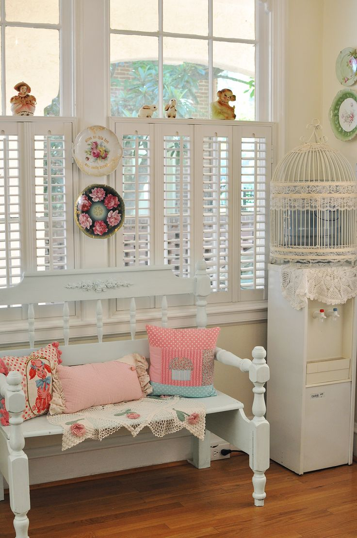 shabby chic kitchen bench small cottages a dream