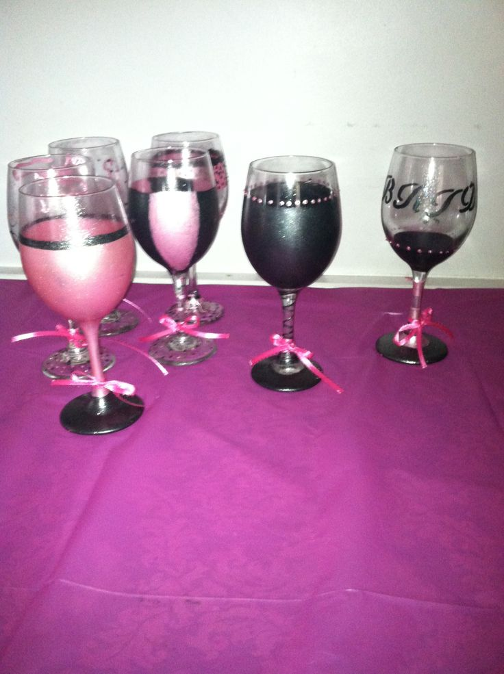 Pin by carmen lopez on wine glass painting pinterest for What kind of paint do you use to paint glass