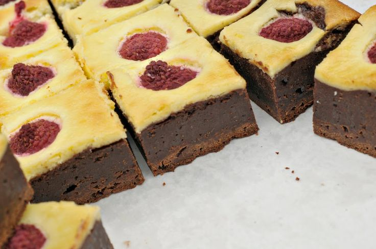 raspberry cheesecake truffle brownies | Cookies | Pinterest