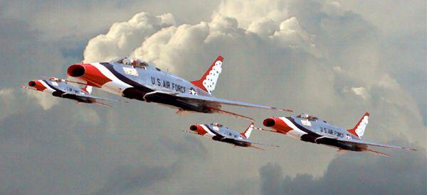 Thunderbirds F-100 <b>Super</b> Sabre | USAF Thunderbirds ...