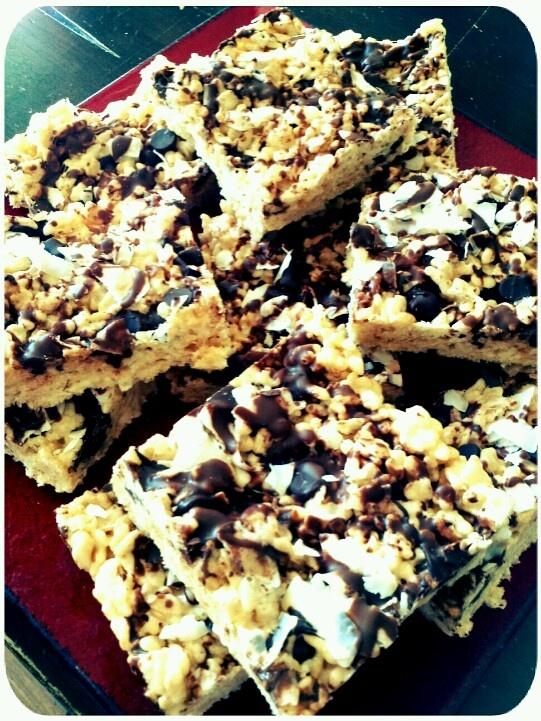 Coconut chocolate rice crispy treats | Yum | Pinterest