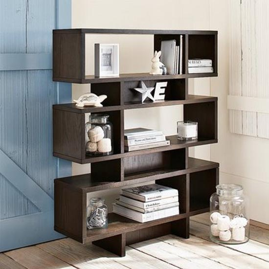 Wall Bookshelf Decorating Ideas 550 x 550