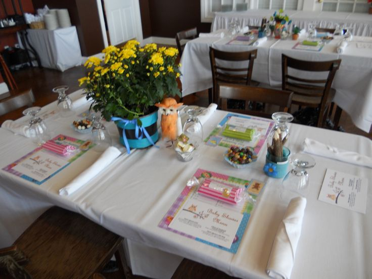Owl themed baby shower table setting baby shower ideas Baby shower table setting