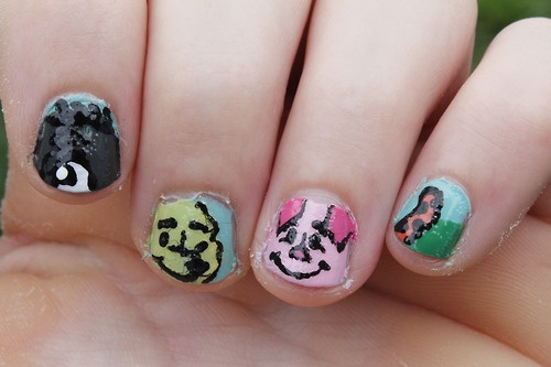 and recreated the design, but with a different Piglet :) nail art