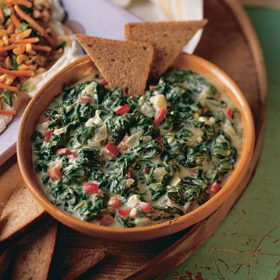 With fresh spinach, onion, garlic, cheese and yogurt, this Spinach Dip ...