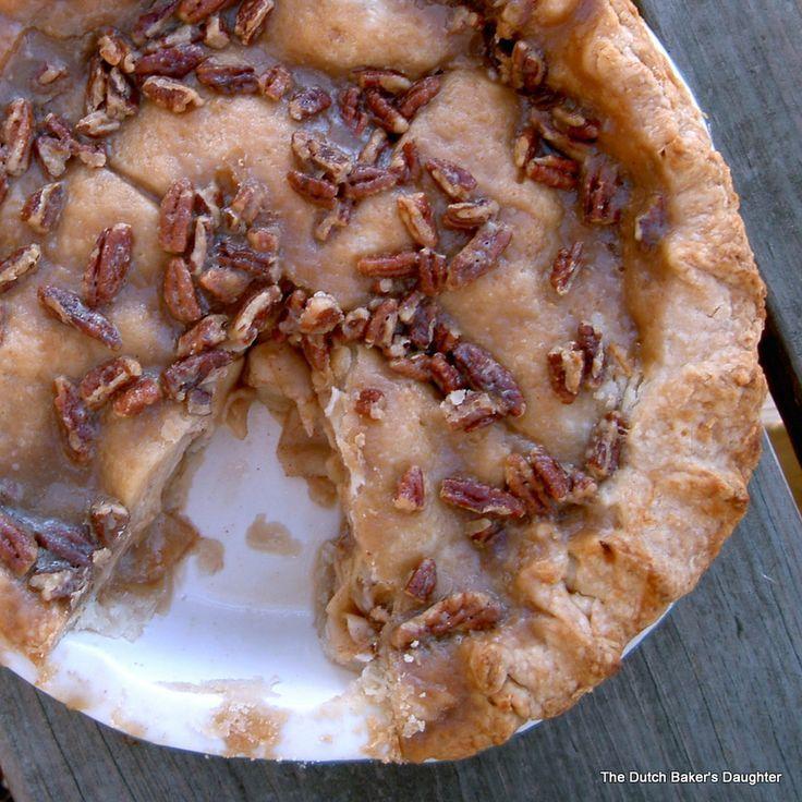 Apple-Praline Pie   Pastry, Pavlova and Pies~   Pinterest