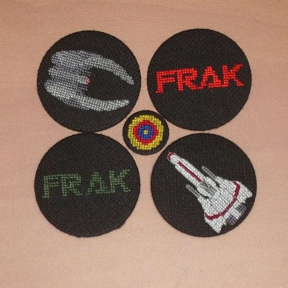 BSG FRAK Cross Sch Pin  Green