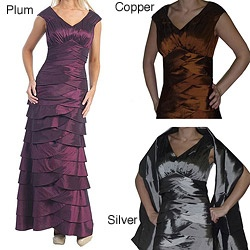 @Overstock - Elegant layered construction lends dramatic styling to this long sleeveless metallic gown from Tabeez. With back zipper, this classic dress is finished with a flattering v-neck.http://www.overstock.com/Clothing-Shoes/Tabeez-Sleeveless-Metallic-Gown/6287583/product.html?CID=214117 $146.99