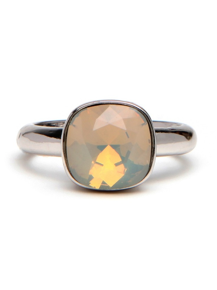 Moonstone Stack Ring. Do.Want.