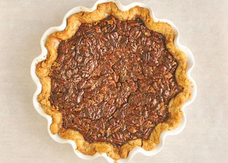 Rustic Maple Bourbon Pecan Pie | pies & tarts | Pinterest
