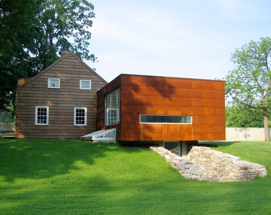 Modern addition to an old house architecture old new for Modern house additions
