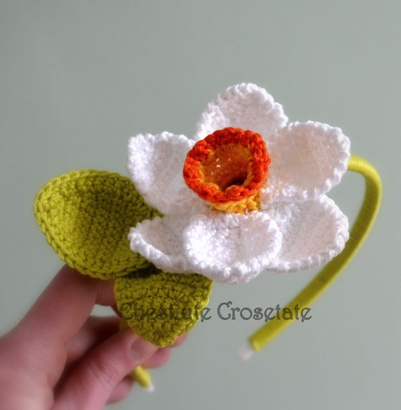 Daffodil cotton crochet fascinator headband by CrochetNewbie, €15.00