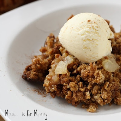 Mmm...is for Mommy: Apple & Pear Crisp... and what REALLY goes on when ...