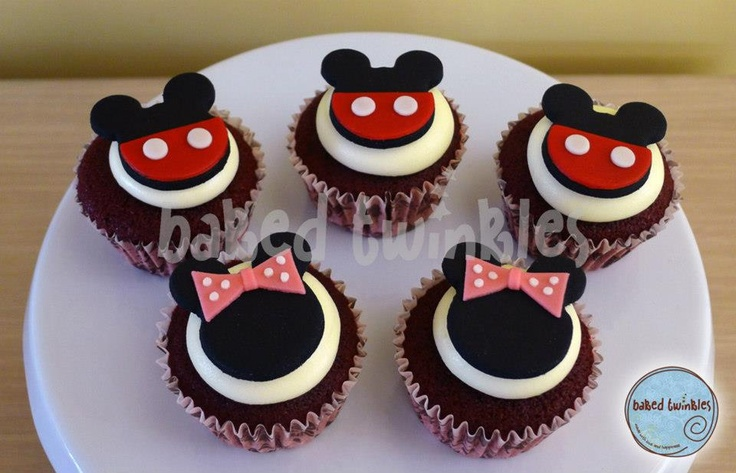 mickey and minnie mouse cupcakesMickey Mouse 1st Birthday Cupcakes