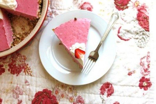 Frozen Strawberry Margarita Pie from @createdbydiane #leCreuset # ...