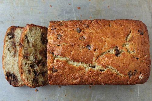 Chocolate Bourbon-Spiked Banana Bread | coffeecakes/cakes | Pinterest