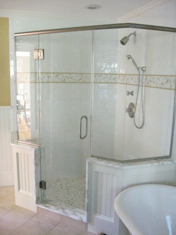 Subway tile and accent bathroom makeover pinterest for Bathroom designs using subway tile