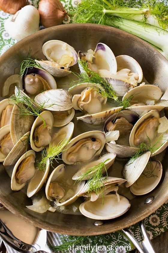 Clams In A Light Fennel And Shallot Broth Recipes — Dishmaps