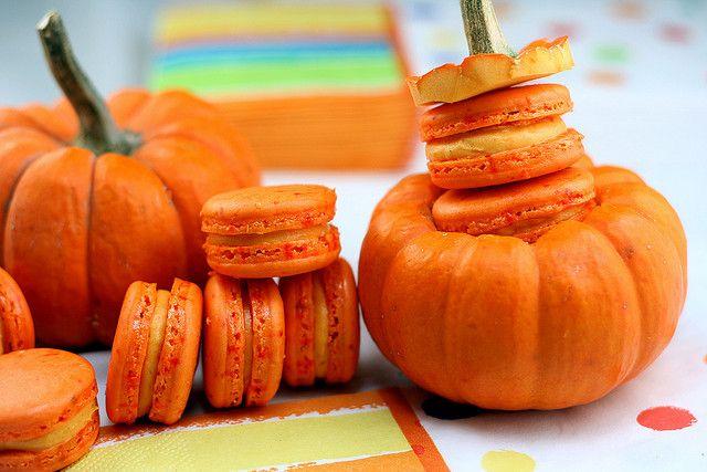 Pumpkin Macarons | Little Cakes/Cookies | Pinterest