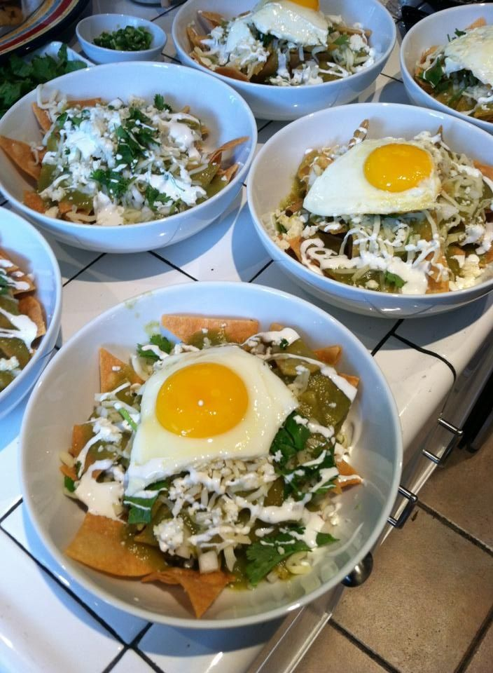 Chilaquiles Verdes! | food stuff | Pinterest