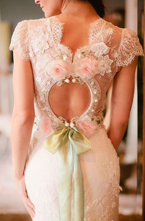 love the back lace wedding dresses
