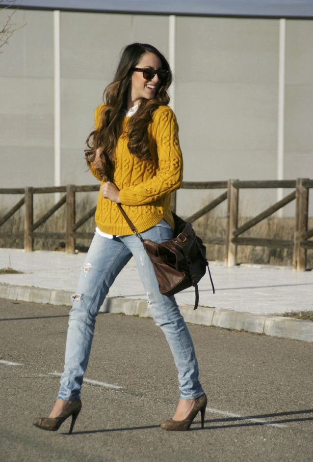Fashionable Combinations With Ripped Jeans - not liking that sweater though