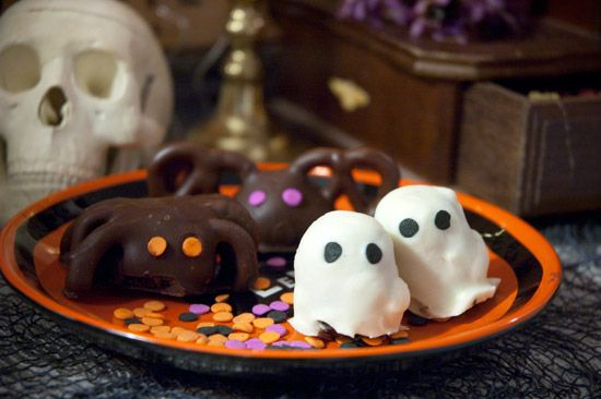 halloween oreos double stuffed