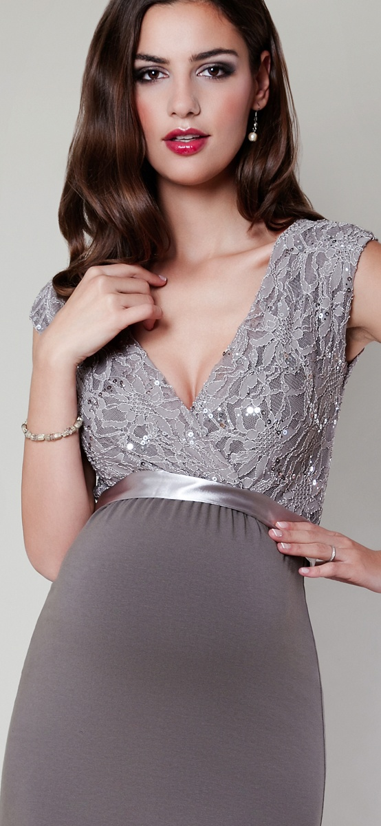 Maternity dresses for wedding pictures