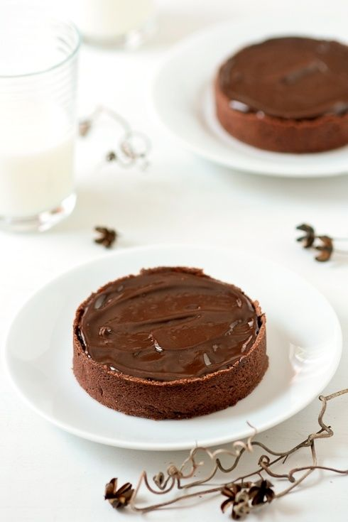 Chocolate truffle tarts | Foodie | Pinterest