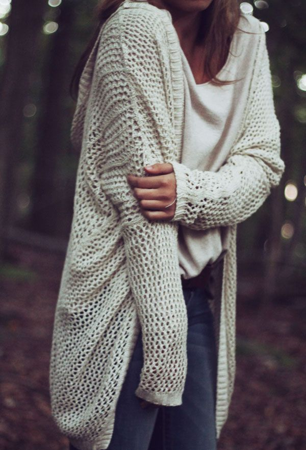 Adorable fall oversized sweater.