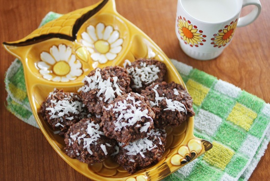 vegan coconut no bake cookie | food and such | Pinterest