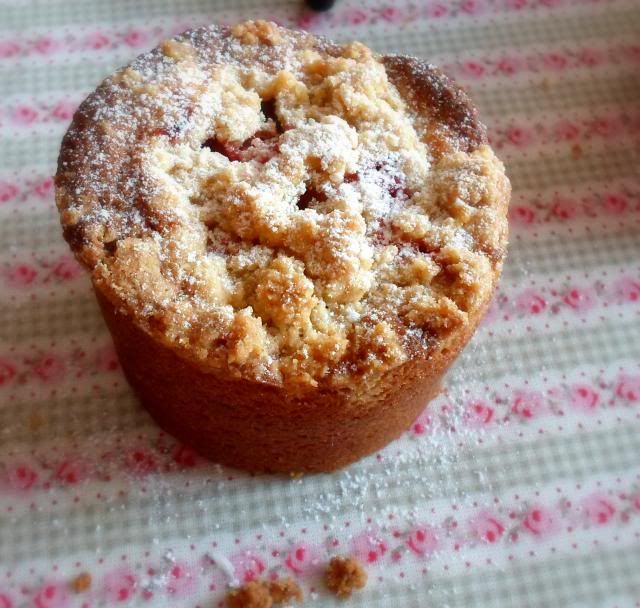 gooseberry crumble cakesfrom the english kitchen