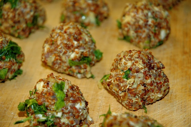 quinoa and kale cakes | Things to Cook & Bake | Pinterest