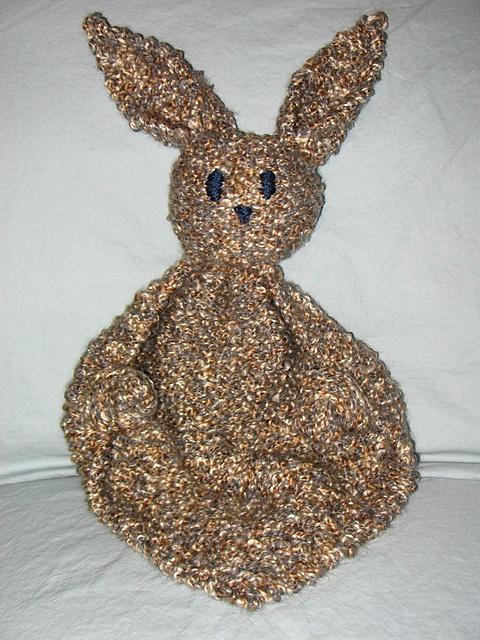 Bunny Blanket Buddy Knit Pattern : bunny buddy, free knit pattern Loom Weaving/crochet/knitting Pinterest