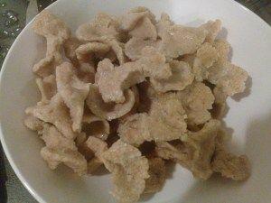 quinoa bowtie pasta) with chicken, cremini mushrooms, and Swiss Chard ...