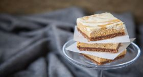 Pumpkin White Chocolate Vanilla Bean Marbled Cheesecake Bars