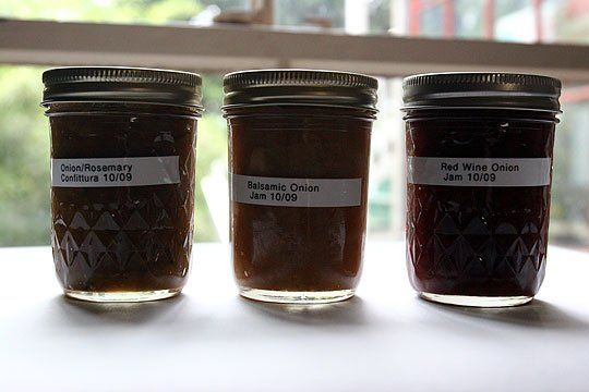 Onion Jam Recipes - Onion and Rosemary Confiturra, Balsamic Onion ...