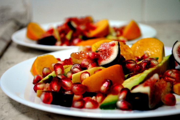 Persimmon Pomegranate Fruit Salad. | Yummy Stuff | Pinterest