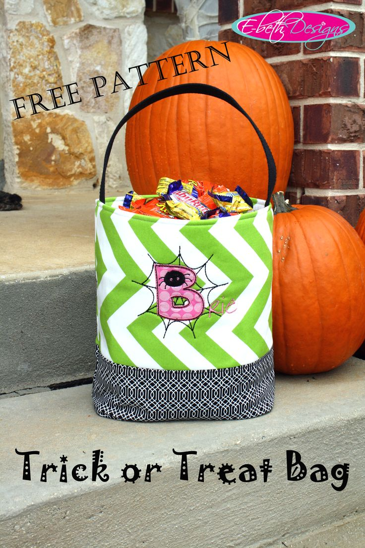 Free Crochet Patterns For Trick Or Treat Bags : (Free!) Trick or Treat Bag Pattern Fall/Halloween ...