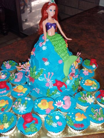 Ariel cake and cupcakes