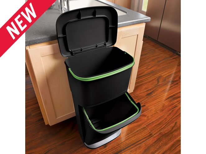 New Rubbermaid recycle bin!!