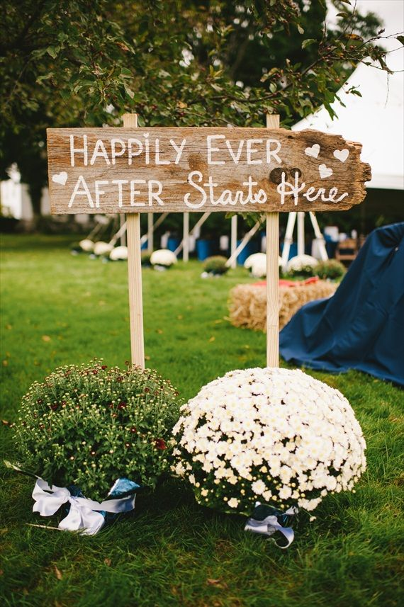 Cute wedding sign wedding decor pinterest for Cool wedding decoration ideas
