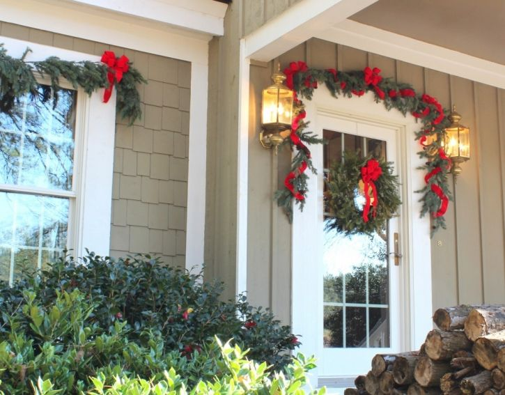Front door garland and wreath christmas pinterest for Door garland christmas