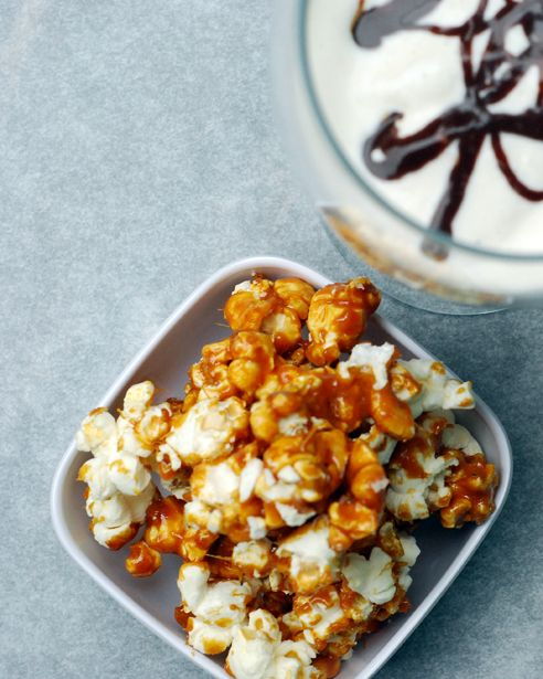 Southern Comfort Popcorn (for garnishing Southern Comfort Cupcakes)