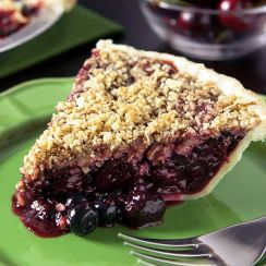Cherry Berry Crumble Pie | EVERYTHING CHERRY | Pinterest