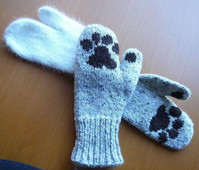 Ravelry Free Knitting Patterns : Ravelry: Paw Mittens free pattern by Barbara Larrue ...
