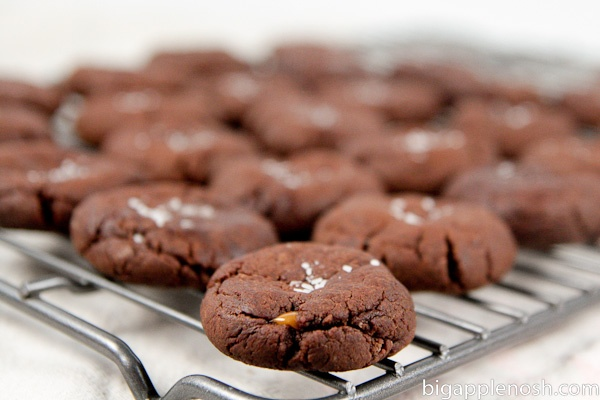 Chocolate Caramel Cookies with Sea Salt | EATS /// | Pinterest