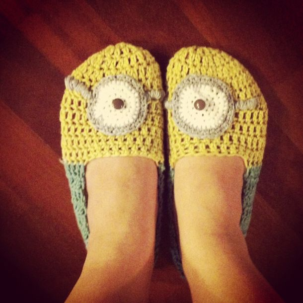 Minion Slippers! Free Crochet Pattern Crochet Shoes ...