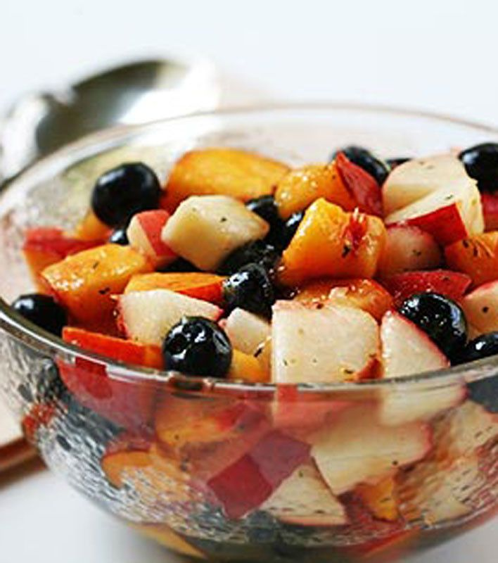 Blueberry Peach Fruit Salad with Thyme | Love to Eat | Pinterest