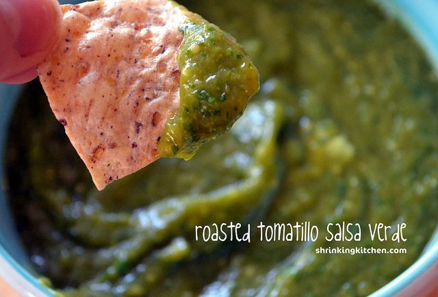 roasted tomatillo salsa verde - easy to make and only 24 calories per ...